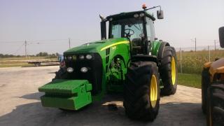 Трактор John Deere, модел 8430, употребяван